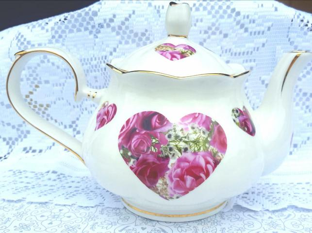 Candy Bloom Heart 4cup Teapot