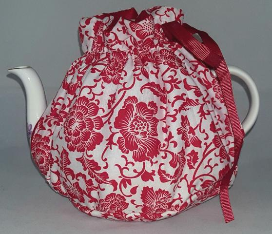 Scarlet Bloom Tea Cosy